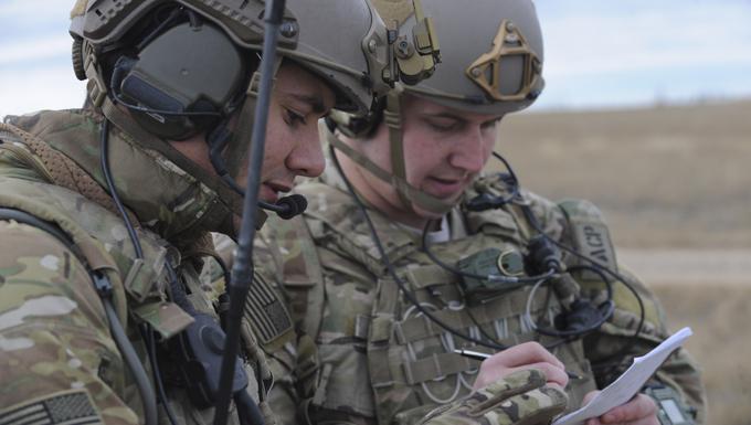 Joint training exercise focuses on personnel recovery during Combat Raider